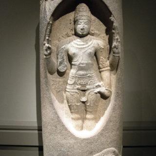 Fenêtre sur : Shiva Lingodbhava, la naissance du linga